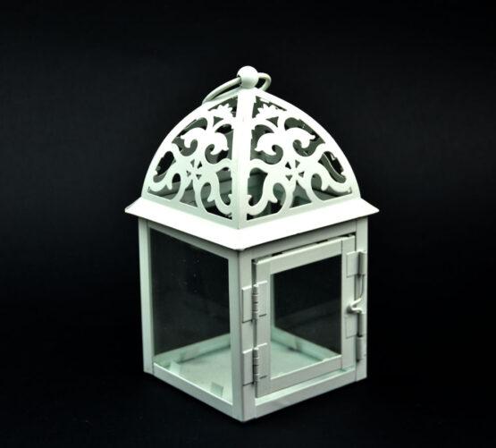 Lanterna con cupola decorata