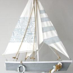 Barca a vela decorativa