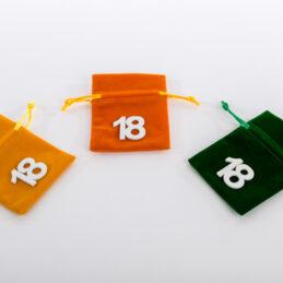 Sacchettino velluto 18 per diciottesimo compleanno tre colori